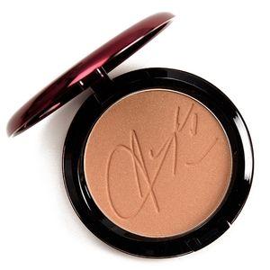 RARE MAC Cosmetics Aaliyah Bronzing Powder